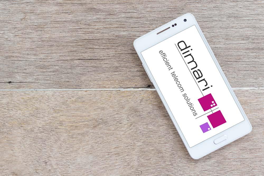 Smart Phone mit dimari Logo